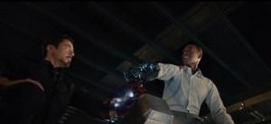 アベンジャーズ2予告アイアンマン腕